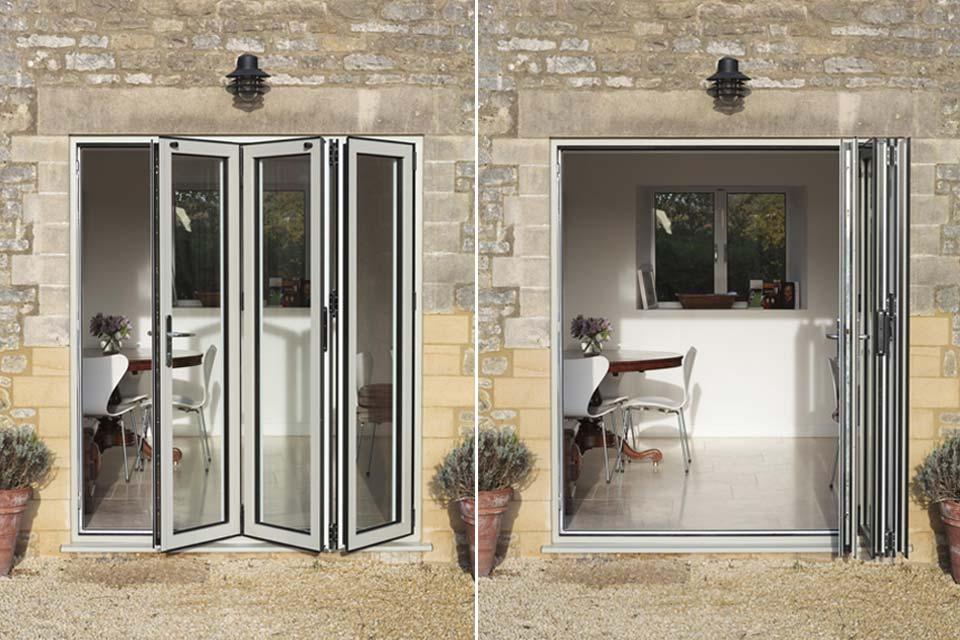 Aluminium bi folding doors shaws