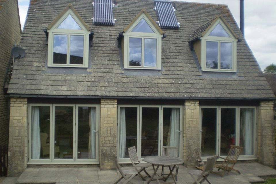 Bi folding doors crawley
