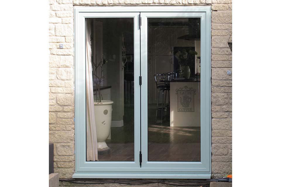 Bi folding doors shaws