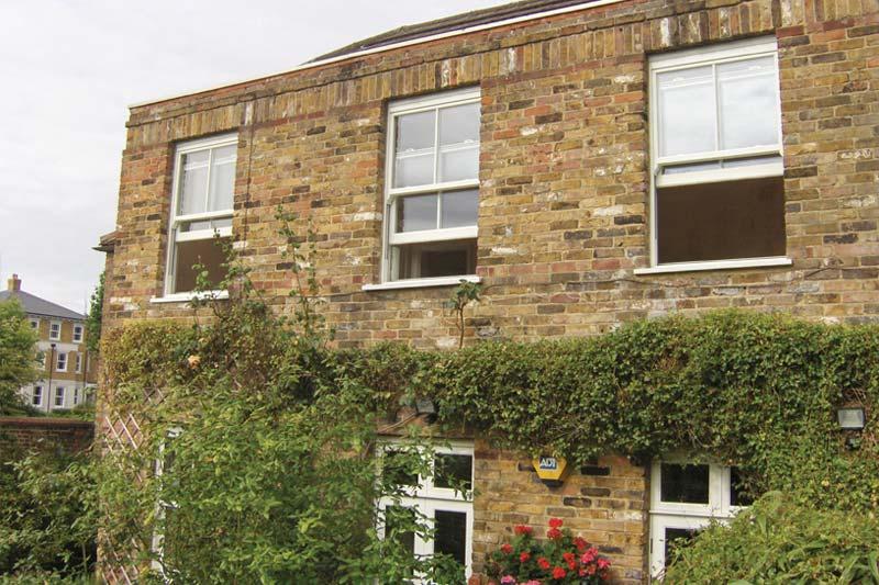 High performance vertical sliding windows