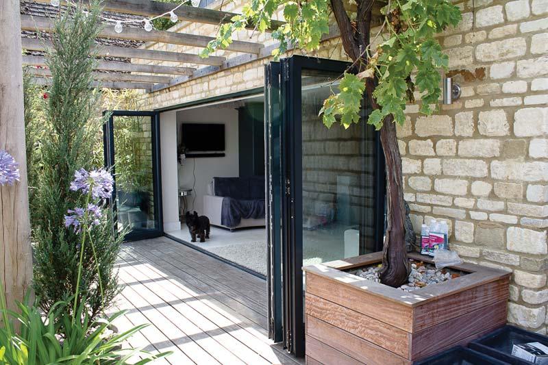 Diamond Glass & Windows bi folds aluminium crawley