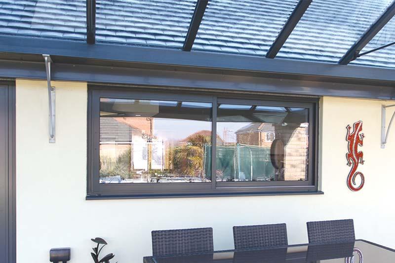 Diamond Glass & Windows of crawley aluminium horizontal sliding windows