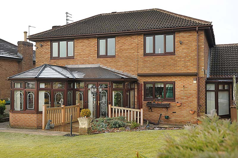 High performance garden rooms crawley
