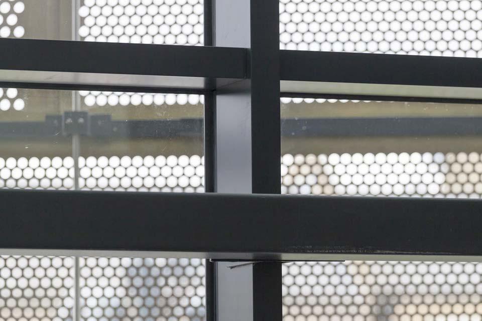 Diamond Glass & Windows curtain walling