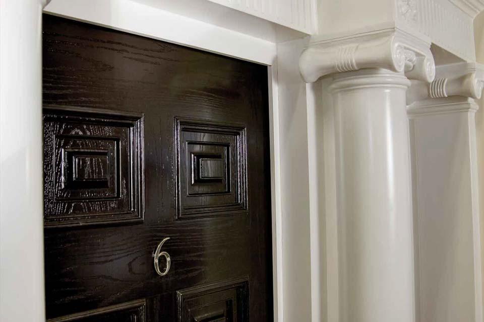 Timber effect detail palladio door