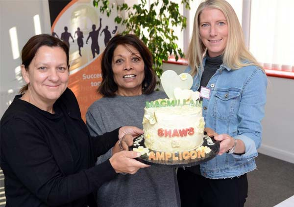 Diamond Glass & Windows of crawley win first place with cake