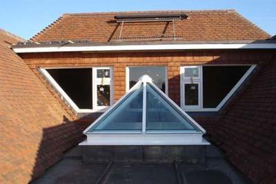 Pyramid roof lights 5