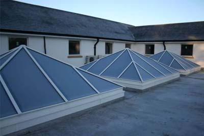 Pyramid roof lights 7