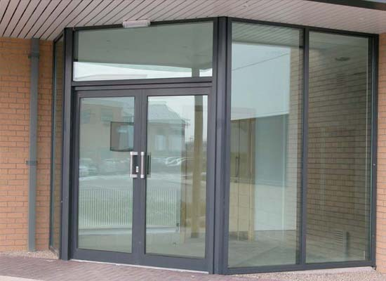 Aluminium commercial doors diamond glass windows 1