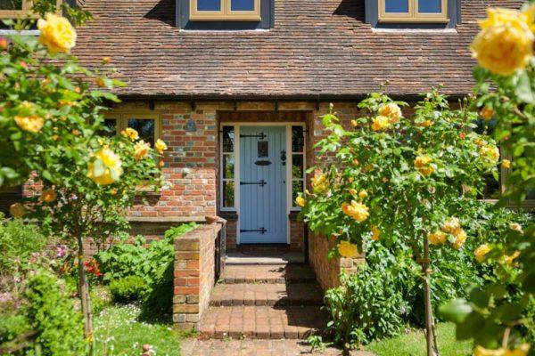 R9 windows country home blue door1
